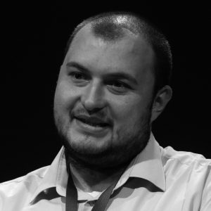 Деян Мотов
