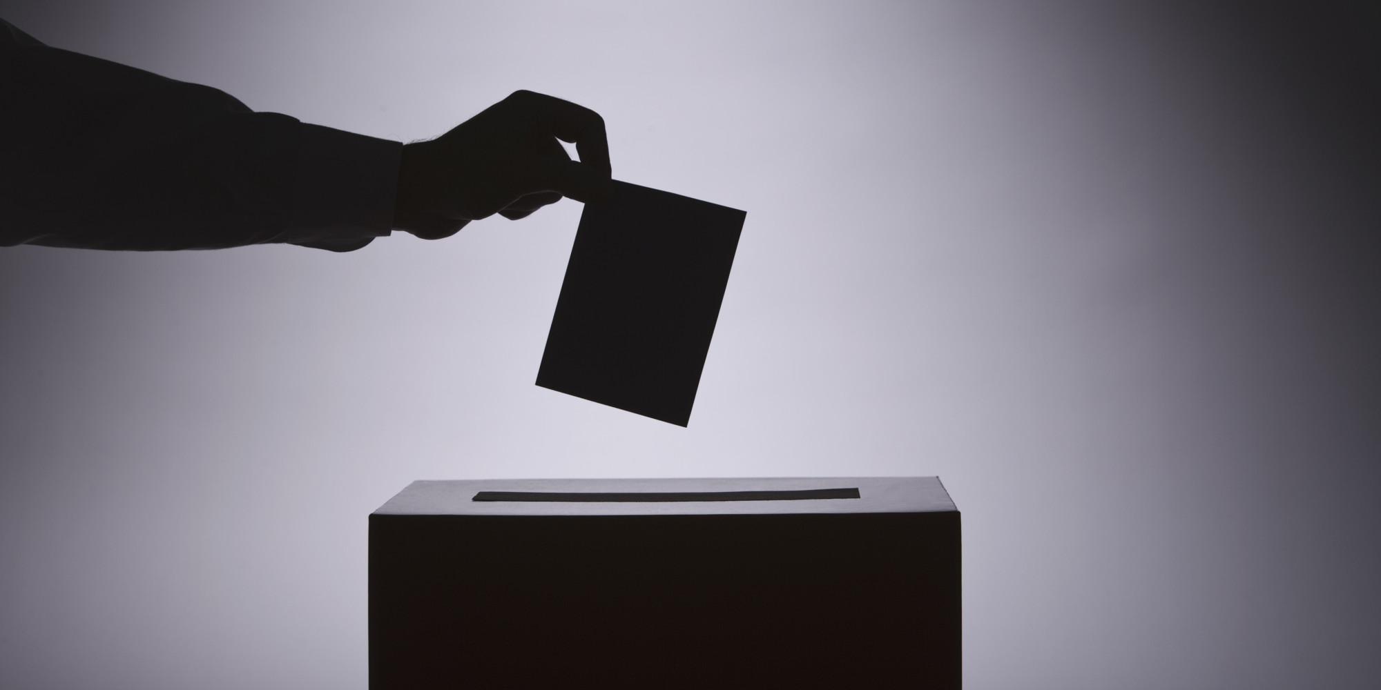 Питаме ЦИК как ще гласуват българите с документи, изтекли преди извънредното положение