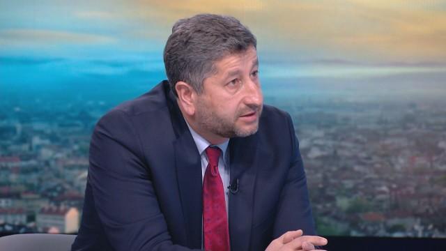 Христо Иванов пред bTV: България трява да се върне на полето на правосъдието, не на бухалките